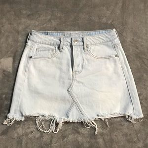 🦅American Eagle Light-Wash Button Fly Jean Skirt!